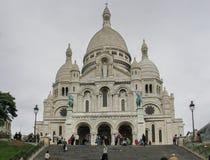 Sacre Coeur的大教堂在蒙马特,巴黎,法国的 库存图片