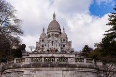 Sacre Coeur, известный ориентир ориентир туризма церков в Париже Франции Стоковое Фото