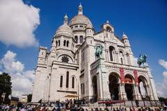 Sacre Coeur basilika på den Montmartre kullen Royaltyfria Foton
