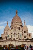 Sacre Coeur kyrka på den Montmartre kullen, Paris, Frankrike Royaltyfri Fotografi