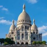Sacre-Coeur tempel på en kulle i paris Frankrike royaltyfri foto