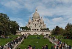 Sacre Couer大教堂在10月下旬,蒙马特,巴黎的门面 免版税图库摄影