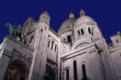 Sacre Couer Katedra w Paryż, zmrokiem Obrazy Stock
