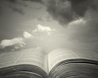 Sacred reading Royalty Free Stock Photos