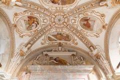 Sacro Monte του Βαρέζε Σάντα Μαρία del Monte, Ιταλία Παλαιός 17ος αιώνας νωπογραφίας στοκ φωτογραφία