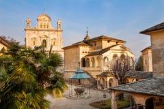 Sacro Monte av Varallo Sesia Piedmont Italien royaltyfri fotografi