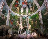 Sacro Monte di Varallo Piedmont - bijbelse scènevertegenwoordiging van Adam en Vooravond in Eden royalty-vrije stock afbeeldingen