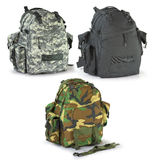 Sacs à dos de chasseurs de militaires ou de survie réglés photo stock