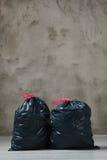 Sacs de déchets photographie stock libre de droits