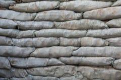 Sacs de sable pour la protection d'inondation Images stock