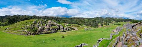 Sacsayhuaman,印加人废墟全景在库斯科,秘鲁 免版税库存图片