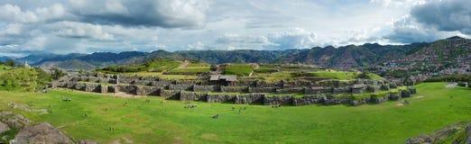 Sacsayhuaman,印加人废墟全景在库斯科,秘鲁 免版税库存照片