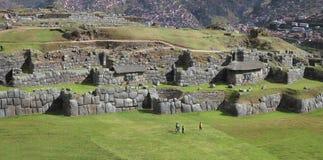 Sacsayhuaman, μέρος των καταστροφών Inca στις περουβιανές Άνδεις κοντά σε Cuzco, Περού Στοκ Εικόνα