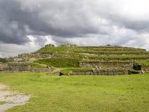 Sacsayhuaman Incas fördärvar i peruanska Anderna på Cuzco Royaltyfri Bild