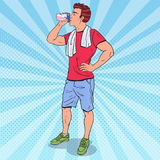 Sacudida de Art Muscular Man Drinking Protein del estallido Suplementos de la nutrición Fotos de archivo