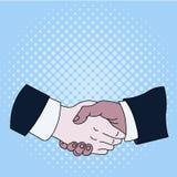 Sacudida de la mano entre los socios comerciales masculinos multirraciales o los colegas que llevan las camisas blancas formales  libre illustration