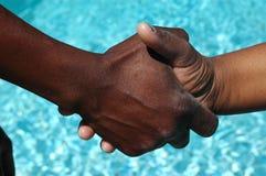 Sacudida de las manos Foto de archivo