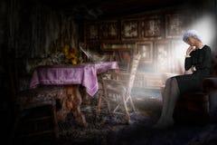 Free Sad Lonely Elderly Senior Woman, Depression Royalty Free Stock Images - 171921689