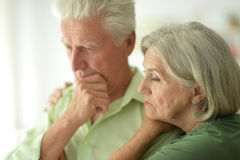 Sad senior couple Royalty Free Stock Photos