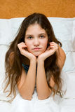 SAD teen för flickastående arkivbild