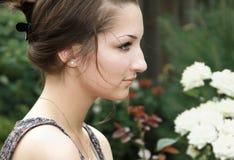 SAD teen tänka för härlig flicka Royaltyfri Bild