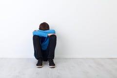 SAD tonåring för pojke Arkivfoto