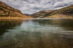 Sadelpåse sjösemesterort i den Inyo nationalskogen, Kalifornien Royaltyfri Foto