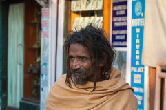 Sadhu indiano sulla via in Rishikesh Immagini Stock