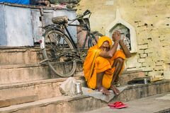 Sadhu and lonely cycle