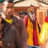 Sadhu Monk desconhecido no quadrado de Durbar, o 2 de dezembro de 2013 em Kathmandu, Nepal Fotografia de Stock