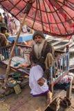 Sadhu på ghatsna av varanasi Royaltyfria Foton
