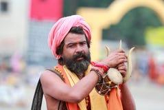 Sadhu på Kumbha Mela royaltyfria foton