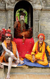 Sadhus σε έναν ναό κοντά στο ναό Sri Pashupatinath Στοκ Φωτογραφίες
