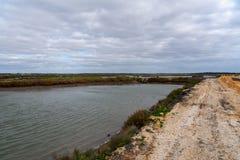 Sado d'estuaire de rivière au Portugal images libres de droits