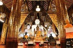 Saduemuang del inthakhin de Wat 700 años, templo de madera viejo en Chiang Imagenes de archivo