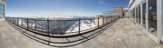 saentis山驻地瑞士高定义全景 免版税库存照片