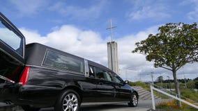 Saettia che arriva o che lascia un funerale immagini stock libere da diritti