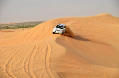 Safari de jeep autour de Dubaï Photo stock