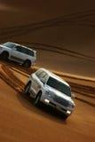 Safari del jeep en las dunas de arena en Dubai Imagenes de archivo