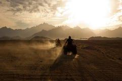 Safari do quadrilátero do deserto fotografia de stock