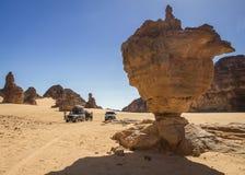 Safari a través del desierto del algerino del ajjer- del ` de Tassili N Fotos de archivo