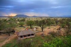 Safariläger under storm Fotografering för Bildbyråer