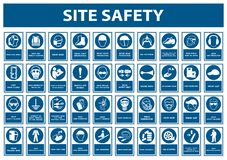 Free Safety PPE Must Be Worn Sign Isolate On White Background,Vector Illustration EPS.10 Stock Photo - 158298840