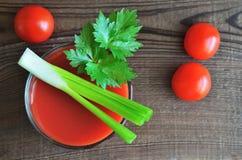 Saft der Tomaten stockfotos