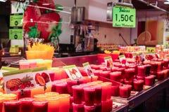 Saft für Verkauf in einem lokalen Markt Stockbild