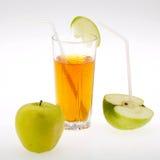 Saft und Apfel Lizenzfreie Stockbilder