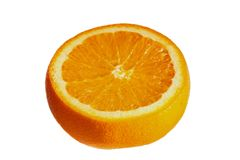 Saftig orange på en vit bakgrund Arkivbild