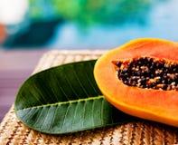 Saftig papaya Arkivbilder