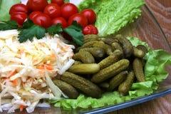 Saftiga och ljusa knipagrönsaker för färg Arkivbild