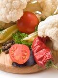 Saftiga och nya snittgrönsaker. Royaltyfria Foton